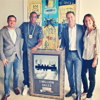 jay-z-magna-carta-holy-grail-platinum-plaque